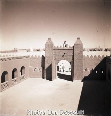 صور لأدرار قديماً قبل الإستقلال B049-6x6-1200-00070.